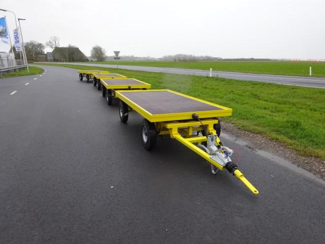 Titan Intern Transportwagen 252x125cm 2500kg 4 wiel besturing