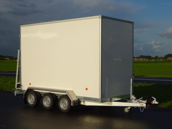 Titan-TA35 koelwagen-348x157x220cm-3500kg