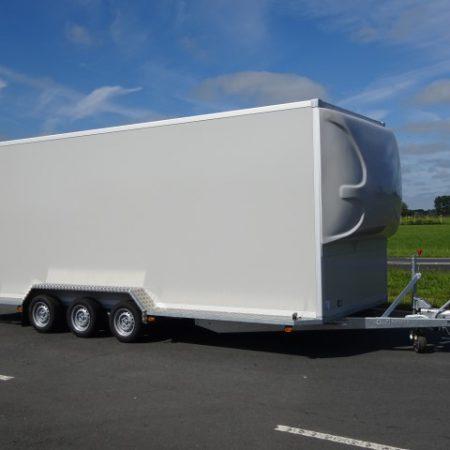 Titan-TA35-Gesloten-opbouw-600x200x220cm-3500kg-18mm-panelen-oprijklep-spoiler