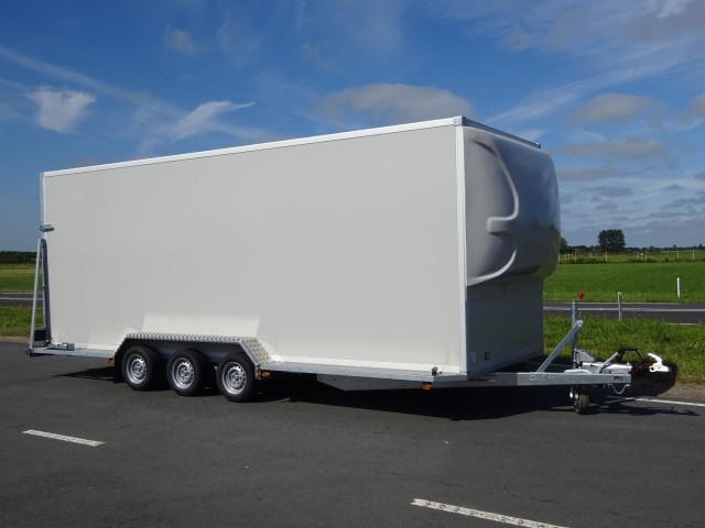 Titan-TA35-Gesloten-opbouw-600x200x220cm-3500kg-18mm-panelen-oprijklep-spoiler-17.jpg