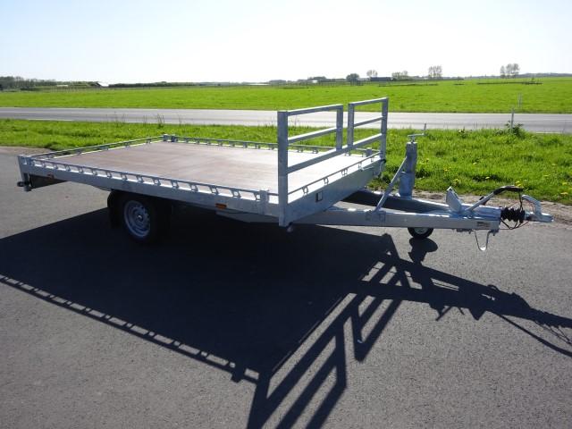 Titan-V18-afm.-325x205cm-versterkt-chassis-13-640-x-480.jpg