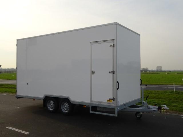 Titan-V35-afm.-500x220x250cm-18mm-plywood-13-640-x-480.jpg