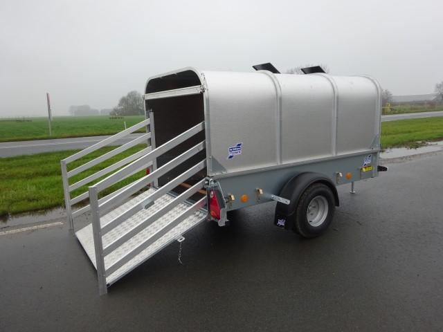 Ifor Williams P7E vee trailer